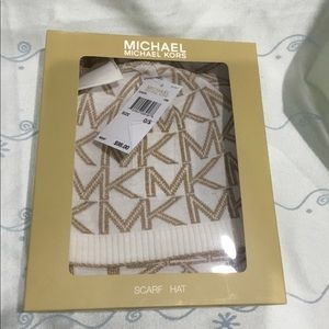 Michael Kors Beanie Hat and scarf